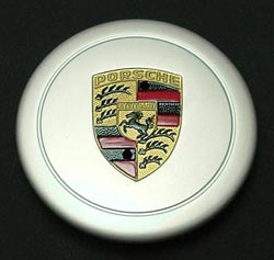 Anodized cap for Fuchs wheel, hand-painted crest